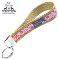 WRISTLET KEYCHAIN - ROSES AND HEARTS ON PINK